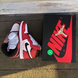 Air Jordan 1 Chicago 2015